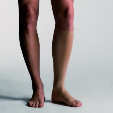 , ideal para personas que sufren de inflamaciones venosas, su innovador tejido hace que sean muy fáciles tanto de poner como de quitar.