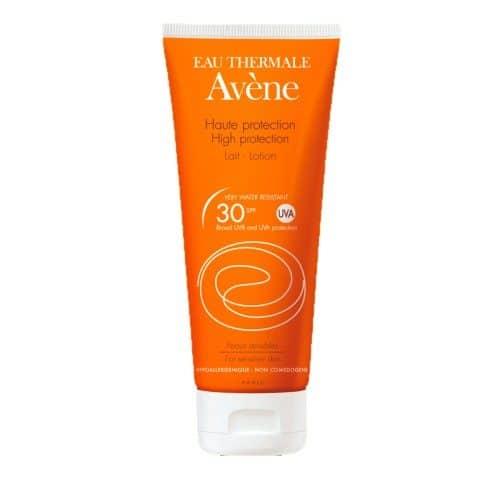 Comprar Avène Leche Solar SPF 30 100 ml protección solar hidratante para pieles sensibles.
